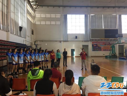郑州市青少年校园排球教学训练观摩活动第三站在www.xf187.com开展